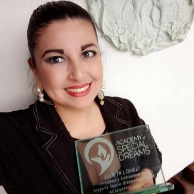Julieta Lomeli, Academy Community Ambassador